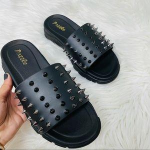 Black spike sandal